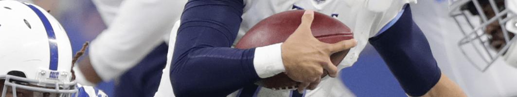football player scoring touchdown